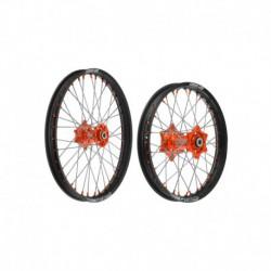 """sada přední (21"""" x 1,6"""") + zadní (19"""" x 2,15"""") kolo kompletní KTM, QTECH (černé ráfky, oranžové středy)"""